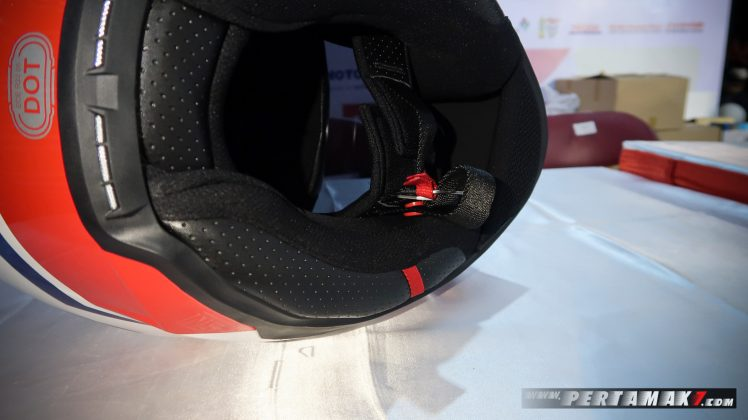 Emergency Quick Release System dan Double D Ring RSV FF300 Gresini
